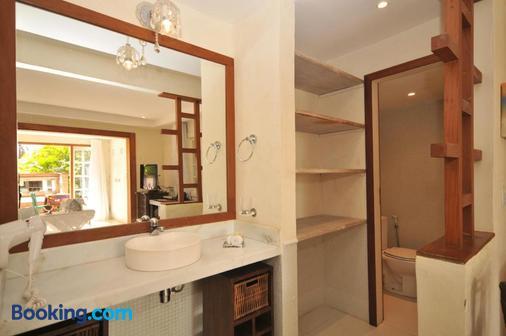 巴拉精品溫泉酒店 - Buzios (布基亞斯濱海碼頭) - 布希奧斯 - 浴室