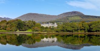 Park Hotel Kenmare - Kenmare - Outdoors view