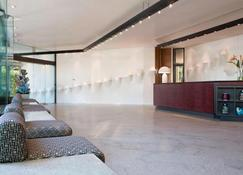 Four Points by Sheraton Catania Hotel and Conference Center - Catania - Reception