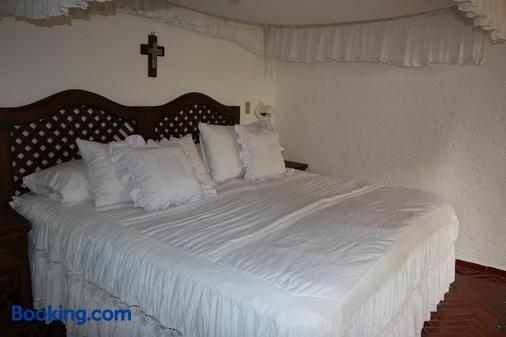 Posada Los Alcatraces - Atlixco - Bedroom