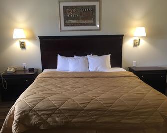 Budget Inn Farmington - Farmington - Bedroom