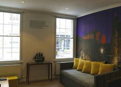 Stewart by Heeton Concept - Edimburgo - Sala de estar