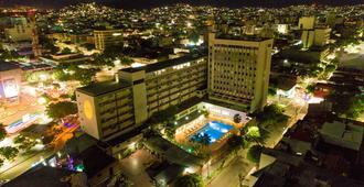 ホテル トンチャラ - ククタ