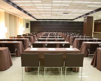 Hotel Veracruz Plaza & Spa - Valdepeñas - Meeting room
