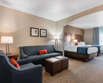 Comfort Inn & Suites Tavares North - Tavares - Schlafzimmer