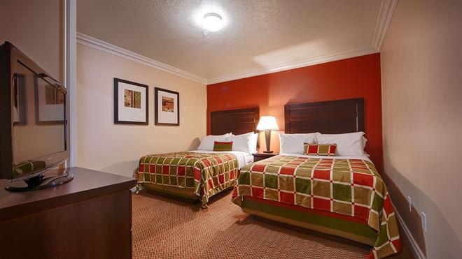 Best Western Plus Mirage Hotel & Resort - High Level - Bedroom