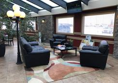 Best Western Plus Mirage Hotel & Resort - High Level - Lobby