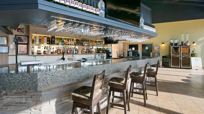 Best Western Plus Mirage Hotel & Resort - High Level - Bar