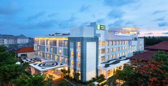 Holiday Inn Express Baruna Bali - קוטה