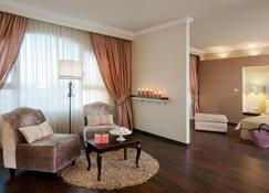Leonardo Hotel Negev - Beer Sheva - Living room