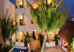 棕櫚圖盧姆豪華公寓酒店 - 圖倫 - 圖盧姆 - 游泳池