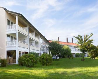 Best Western Aparthotel Birnbachhöhe - Bad Birnbach - Gebouw