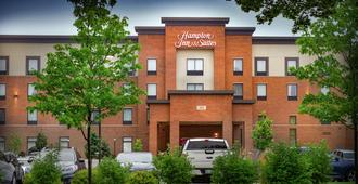 Hampton Inn & Suites La Crosse Downtown - La Crosse