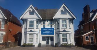 Addenro Serviced Rooms - Southampton - Edificio