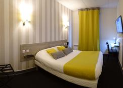 Hôtel Saint Antoine - อองกูแลม - ห้องนอน