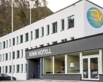 Kinn Hotell Florø - Florø - Gebouw