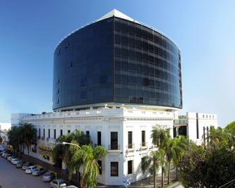 Amérian Hotel Casino Gala - Resistencia - Building