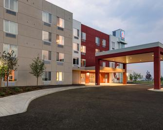 Motel 6 Airdrie AB - Airdrie - Building
