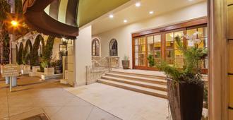 Best Western Plus Sunset Plaza Hotel - Los Angeles - Toà nhà