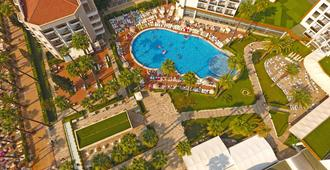 理想普萊姆海灘式飯店 - 馬爾馬里斯 - 游泳池