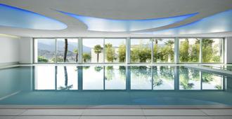 ذا فيو لوجانا - لوغانو - حوض السباحة
