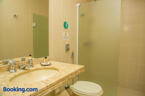Rio Branco Apart Hotel - Florianopolis - Bathroom