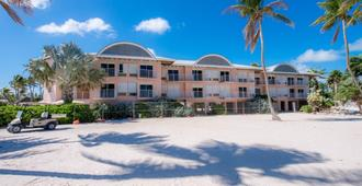 Chesapeake Beach Resort - Islamorada - Toà nhà