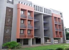 Abis Service Apartment - Rajnandgaon - Edificio