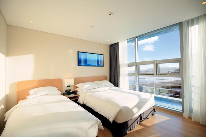 Best Western Haeundae Hotel - Busan - Bedroom