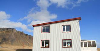 Vagnsstadir Hi Hostel - Hofn - Gebäude