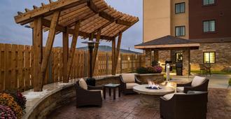 Staybridge Suites Omaha West - Omaha - Patio