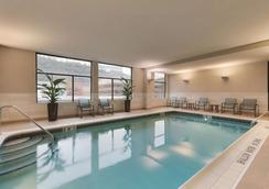 Homewood Suites by Hilton Pittsburgh Downtown - Pittsburgh - Piscina