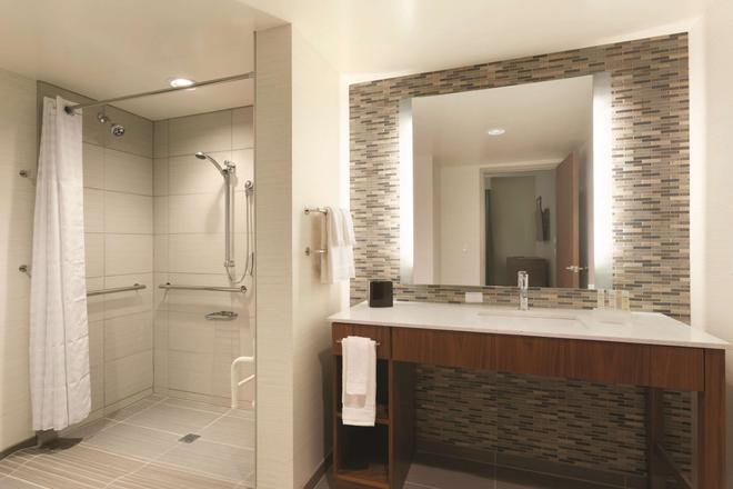 Homewood Suites by Hilton Pittsburgh Downtown - Pittsburgh - Bathroom