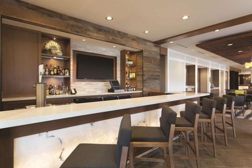Homewood Suites by Hilton Pittsburgh Downtown - Pittsburgh - Bar