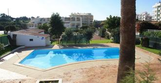 Hostel Amoreira - Alvor - Pool