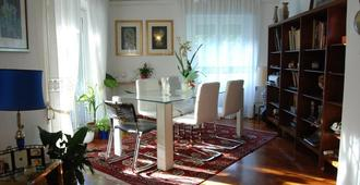 La Badia Del Cavaliere - Rome - Dining room