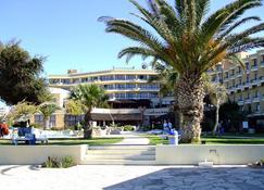 Venus Beach Hotel - Pafos - Edifício