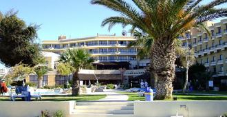 Venus Beach Hotel - Paphos - Building