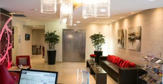 Mercure Chartres Cathedrale - Chartres - Lobby