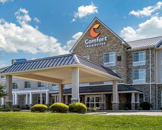 Comfort Inn & Suites - Dover - Building