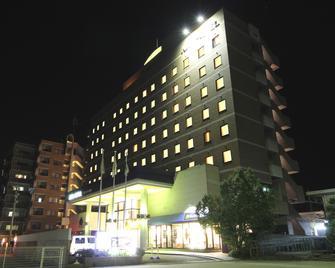 Apa Hotel Kaga Daisyoji-Ekimae - Kaga - Building