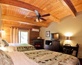 Oakwood Resort - Grand Bend - Bedroom