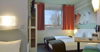 B&B Hotel Osnabrück - אוסנבריק - חדר שינה