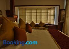Spice Tree Munnar - Munnar - Bedroom