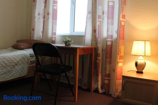 Guest House Crocus - Bishkek - Bedroom