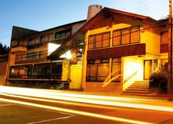 Hotel Bayern - Temuco - Building