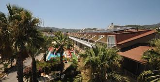 Ozturk Apart Hotel - Marmaris - Outdoor view