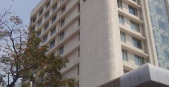 Keys Select Visakhapatnam - By Lemon Tree Hotels - Visakhapatnam