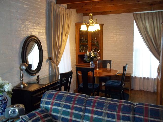 The Rivers Edge Executive Suites - Tiffin - Dining room