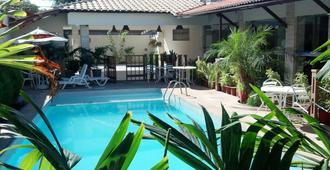 Via Mar Praia Hotel - Aracaju - Pool